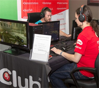 Club3D Challenge a Pro Gamer Stand with Rouven Falkovitz